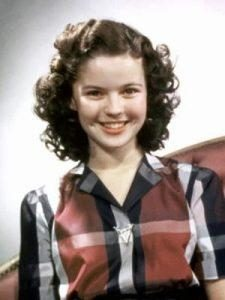 shirley-temple-225x300-3790340-2100907-9691252