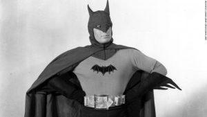 serie-batman-1943-1966-completos-filmes-frete-gratis-d_nq_np_766969-mlb28136476397_092018-f-300x169-4469181-7829545-7337232